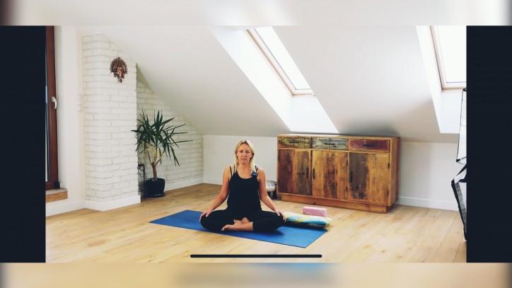 zajęcia z jogi online 39